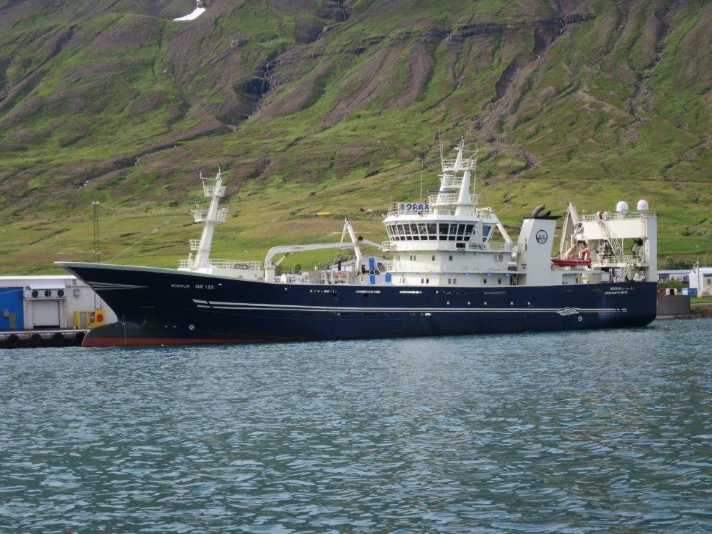 2865 Purse seiner / Pelagic trawler